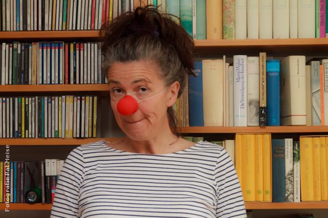 Dr. Gisela Matthiae, Thologin und Clownin